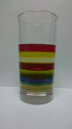 親子ワークショップ「液体をつみ重ねちゃおう!?レインボーグラスに挑戦!」